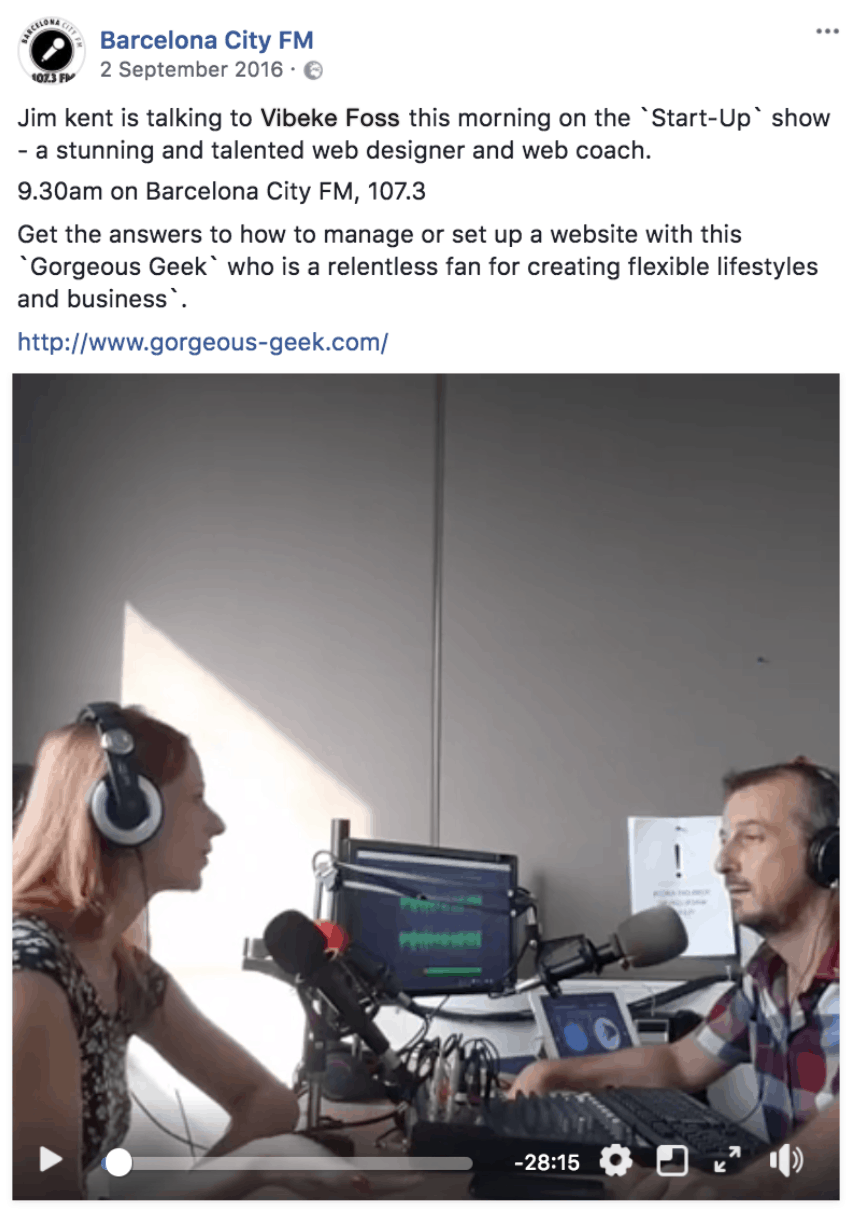 Gorgeous Geek live on the Barcelona City FM Start-Up Show